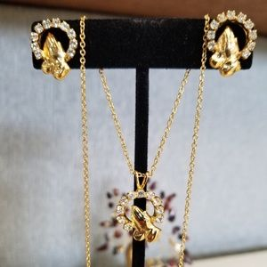 GOLD TONE NECKLACE EARINGS SET